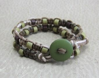 Green Macrame Bracelet, Green Hemp Bracelet, Macrame Wrap Bracelet, Beige Knotted Bracelet, Gifts for Teens