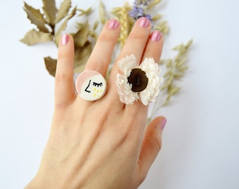 Tears of gold Face ceramic ring Porcelain ring Handmade ceramic jewellery Floral jewelry Botanical jewellery Statement ring