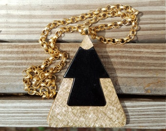 1970's Sarah Coventry Pyramid/Triangle Necklace
