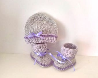 Hand knitted light grey and lilac newborn baby set 0/1 month satin ribbon