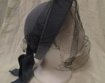 Vintage Blue Doeskin wool felt hat with mesh veil and ribbon