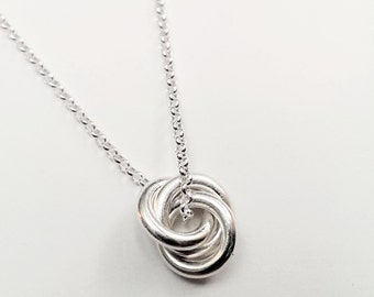 Pendant Necklace with circle sterling silver