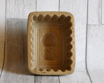 Antique Stoneware Wheatsheaf Jelly Mould