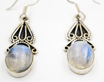 White Labradorite, rainbow Moonstone, 925 sterling silver earrings, translucent stones earrings, Bohemian earrings, boho chic bijoux
