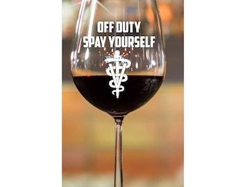 Vet Tech Graduation Gift~  Veternarian~ Gift for Vet Tech~ Gift for Veternarian~ Etched Wine Glasses~ Engraved Wine Glasses~ Stemless Wine