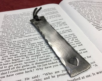 BOOKMARK Gift with Heart//customized 6th anniversary iron gift//book lovers gift//blacksmith made gift//one you love//elegant page keeper