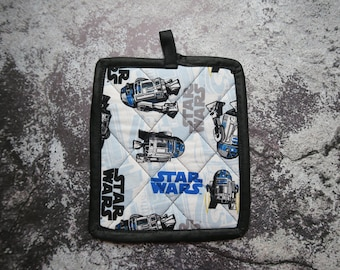 R2D2  Star Wars Potholder | Geeky Wedding Gift | Geeky Gift