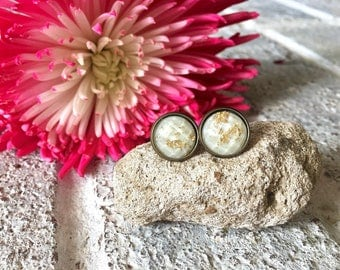 Cream & Gold Foil stud earrings, 12mm earrings, resin earrings, colorful earrings, chunky earrings, gold foil, gold earrings, cream jewelry