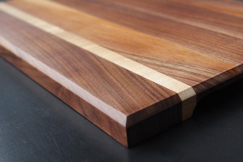Planche d couper en bois noyer noir et rable for Planche en bois noir