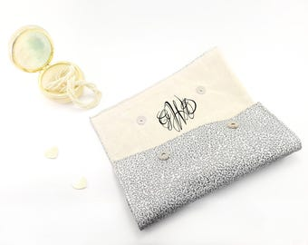 Monogrammed clutch Personalized purse Bridesmaid gift Monogram purse Leather personalized clutch bag Silver bridesmaid bag Monogram gift bag