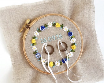 Colourful ring pillow Sweden Style {hand embroidered with love}