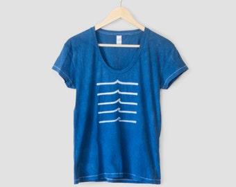 Wave T-shirt Indigo Women's Graphic Tee - Wave Design shirt - Women's Ocean Shirt - Surf Shirt - Indigo t-shirt - Screenprinted Tshirt