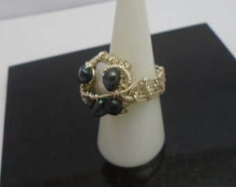Black and White Freshwater Pearl Wire Wrapped ring, Rustic Pearl wire Ring, June Birthstone, Black Pearl Square Ring, Unique Gift for her,