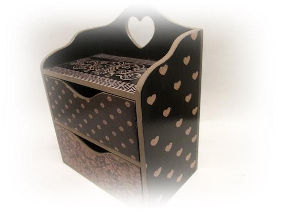 vintage makeup organizer chest of drawers wooden cosmetics. Black Bedroom Furniture Sets. Home Design Ideas