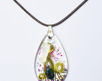 Pendant, Crystal resin, aluminum wire, glass beads, 925 sterling silver. LBC17032017B