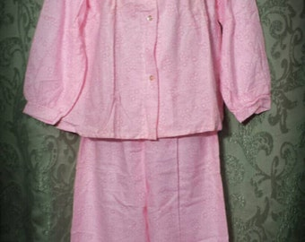 1970s Pink Floral Flannel Pajama set size Medium by Alure ships free.