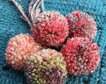 Pom poms. Pink, green handmade pack of 5 pom poms. Craft accessories embellishments pom pom pack for scarves and hats.