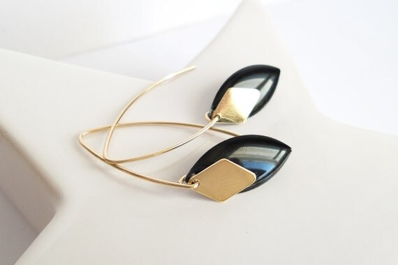 Black and Gold hook earrings long chart modern oval diamond plated Gold filled pampille gold timeless elegant charm