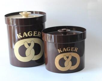 Erik Kold - Pair of Cookie jars. Danish design. Modern Plast Canisters - Scandinavian modern. 1960s Vintage Kitchenalia