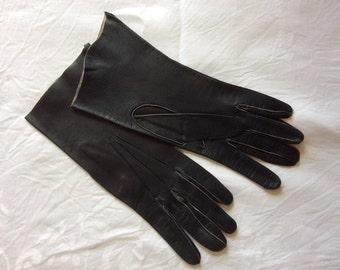 1940s CC41 leather gloves
