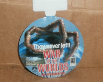 Vintage War of the Worlds, The Resurrection Button