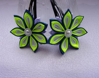 Hairclips for child/clips click - Clacks blue, green and white/bars kanzashi/Ribbon satin flowers