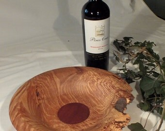 Oak bowl with mahogany insert