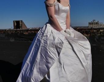 Ulla-Maija Creamy Silk Princess Wedding Dress