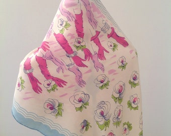 Superb 1950s scarf in silk with gloves and flower design vintage