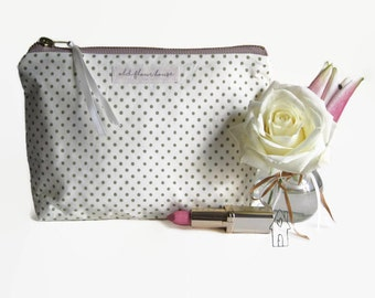 Polka Dot Cosmetics Bag, Makeup Bag, Toiletry Bag, Makeup Pouch, Zipper Pouch, Cotton Fabric, Make Up Bag, Makeup Storage, Old Flour House