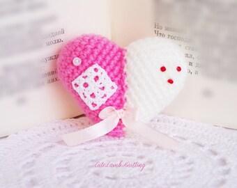 Crochet heart, amigurumi heart, customised gift, cottage chic decor, shabby chic decor, home decor handmade gift shabby chic mini amigurumi