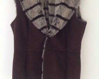 Ladies gilet, faux suede gilet, faux fur jacket, sleeveless jacket, vintage gilet, brown jacket, vintage jacket, UK 10-12