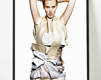 Poster poster high fashion publication vogue decoration original and feminine for the House. Made on gloss paper