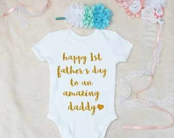 Happy 1st Father's Day To An Amazing Daddy Gold Print Vest Bodysuit Onesie And Headband Set Outfit