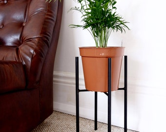 Small Plant Stand/ Plant Holder - Black Painted Steel - Handmade Modern Industrial Chic