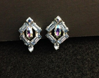 Vintage Weiss earrings