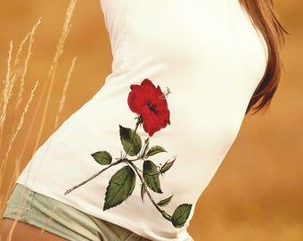 Red Flower Shirt for Women -  Beautiful Vintage Flower T-shirt - Summer Time Women's Shirt - Spring Flower Shirt - Gardener T-shirt