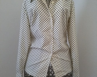 Adorable Vintage Black and White Heart Print Long Sleeved - Button Up Collared Blouse - Perfect Condition! No Stains and No Missing Buttons!