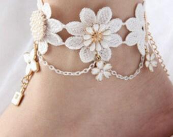 Single White Floral & Charm Anklet BJ6001i