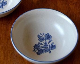 Pfaltzgraff Yorktowne, SOUP / CEREAL BOWL, retro retired vintage folk art, blue and white dinnerware, classic