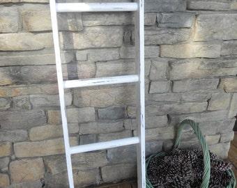 Wooden Ladder,Cottage Style Ladder,Farmhouse Decor, Rustic Ladder, Shabby Chic Ladder, Rustic Wooden Ladder, White Ladder, Vintage Ladder