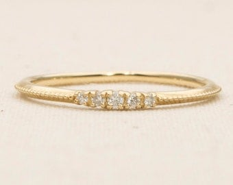 Ready to ship! Five Diamond Solid 14K Gold Wedding Band Stacking Ring Milgrain Edge AD1122