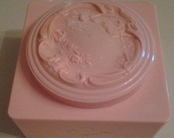 Powder Box Evyan White Shoulders Pink Celluloid