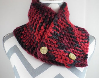 Chunky Knit Cowl Button Neckwarmer, Black and Red Adjustable Size Cowl, Soft Warm Cowl, Gift For Her, Knit Cowl, Cowl Scarf