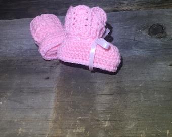 Baby Booties, Crochet Baby Booties, Baby Ankle Boots, Crochet Booties, Baby Shoes, pink shoes, crochet pink booties