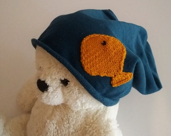 Cotton cap with petroleum blue felted fish