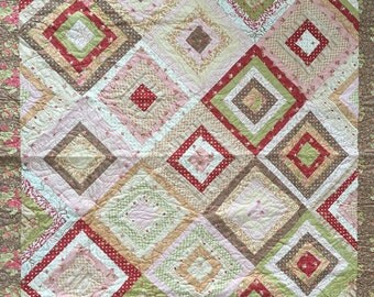 Handmade Log Cabin Quilt - Wonky Log Cabin Blocks - Quilted Throw -Patchwork Quilt - Fig Tree Fabrics - Professional Quilting