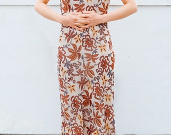 Brown botanical and floral dress / Japanese vintage dress / Ruffled sleeves / Long dress / Earthly colors / Autumnal / Size XS-Small