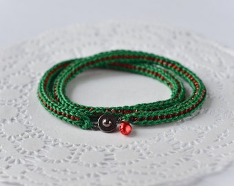 Crochet Christmas bracelet Long Christmas beaded choker necklace Green and red fiber bracelet Vegan jewelry Minimal bracelet Holiday jewelry