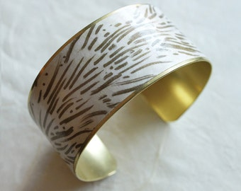 Fauve. Brass Cuff Bracelet wrapped with Japanese Chiyogami paper. Gifts for her. Made to order. Painted by me.